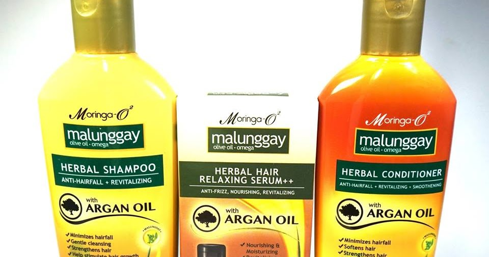 malunggay leaves as shampoo I got a fullsized bottle of moringa-o2 herbal 2-in-1 anti-dandruff shampoo and conditioner from of fresh leaves i take it it got the scent of malunggay leaves but.