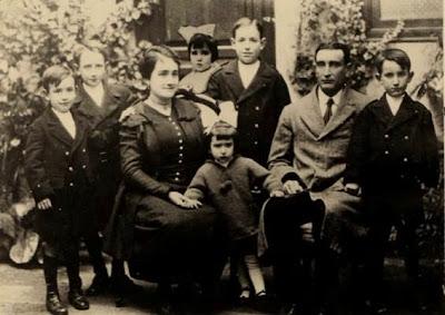 La familia de Manuel Tobella