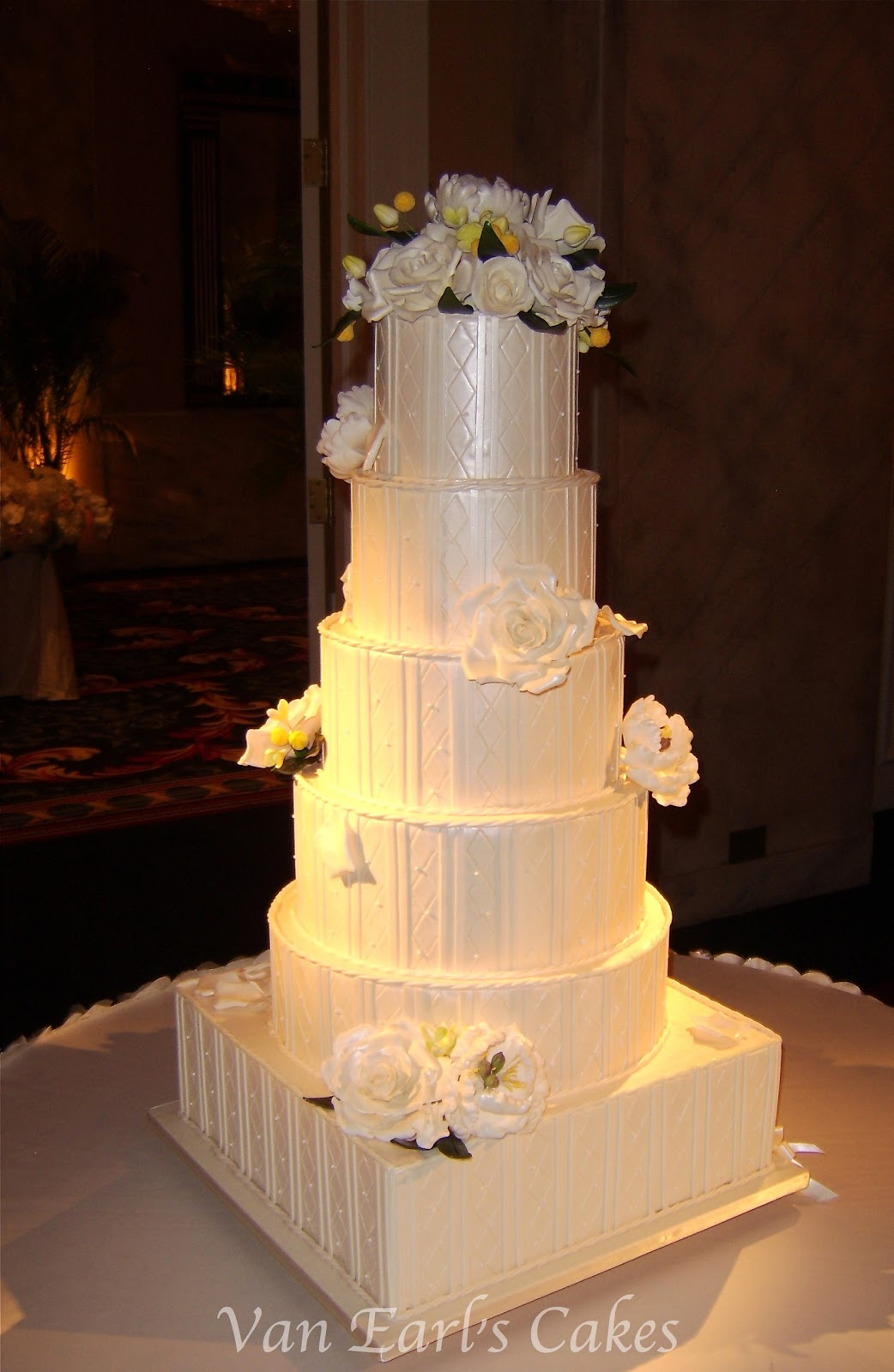 Van Earl\'s Cakes: 6 tier Ivory Textured Wedding Cake