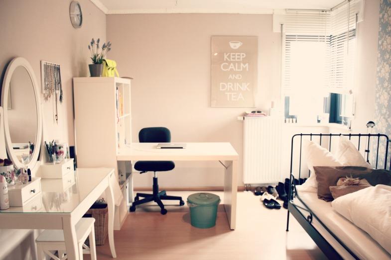 seite 138 sammelbeitrag zimmereinrichtung dekoration. Black Bedroom Furniture Sets. Home Design Ideas