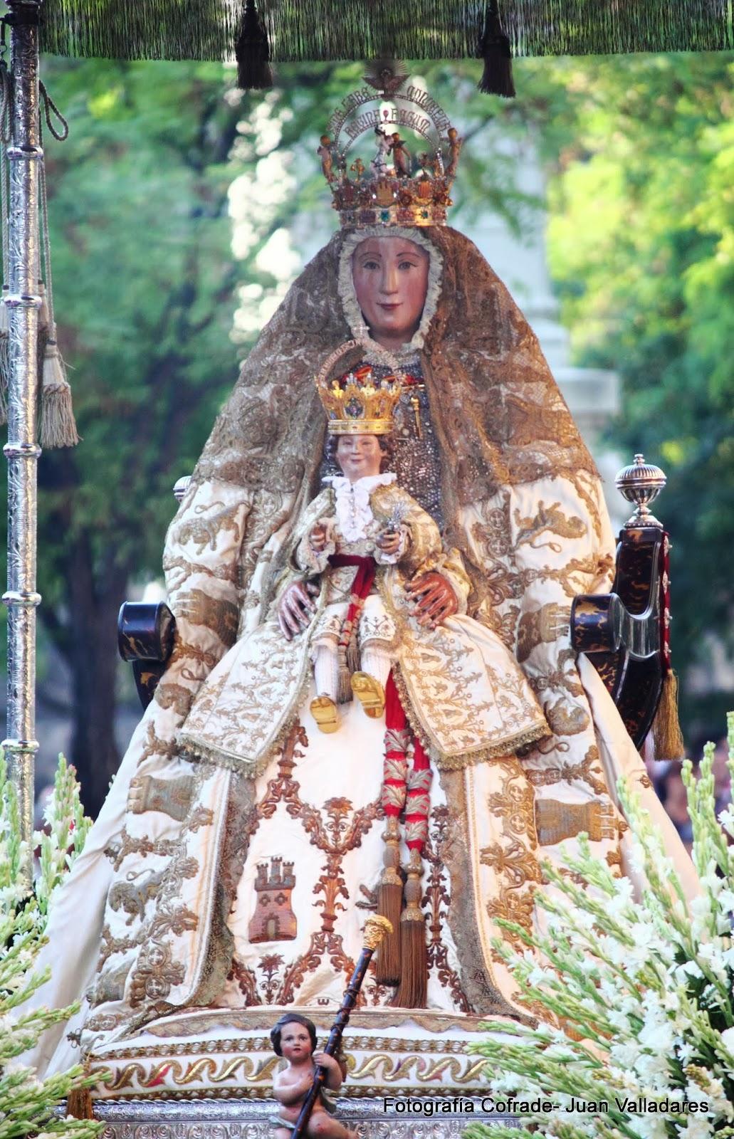 Juan valladares fotograf a procesi n de la virgen de for Mudanzas virgen de los reyes