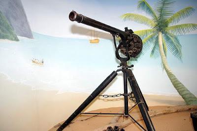 7 Senjata Paling Aneh Yang Pernah Diciptakan