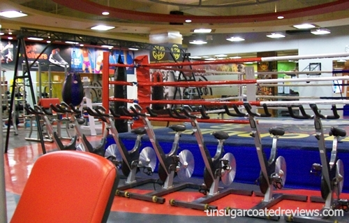 Gold's Gym Waltermart North EDSA Munoz gym equipment