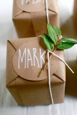 Adornar los regalos en Recicla Inventa