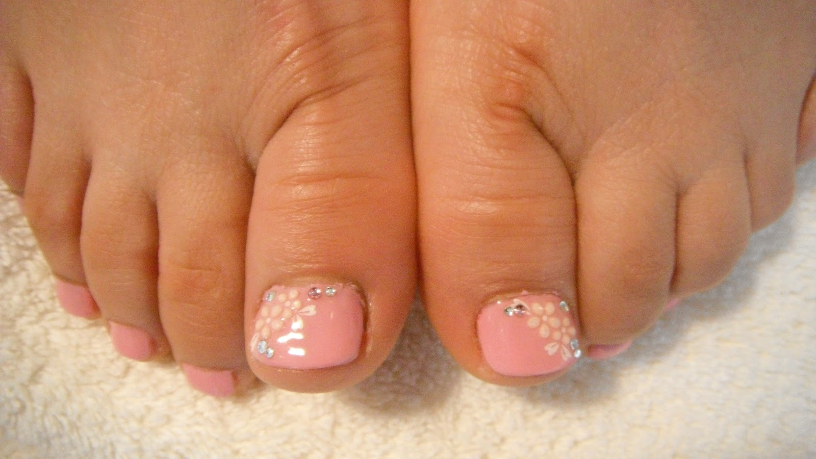 French Pedicure With Rhinestones Www Pixshark Com