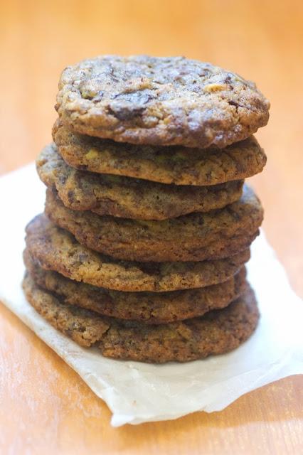 עוגיות פיסטוק ושוקולד מריר