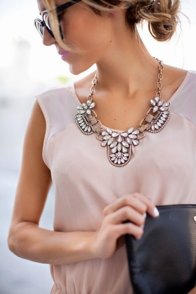 2015 takı modası, aksesuar modası, parıltılı kolyeler, taşlı kolyeler, kolye kombinleri