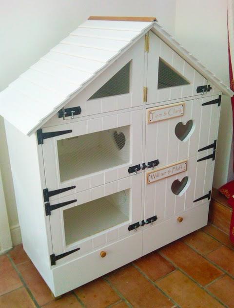 Blue Badger Posh Hamster House
