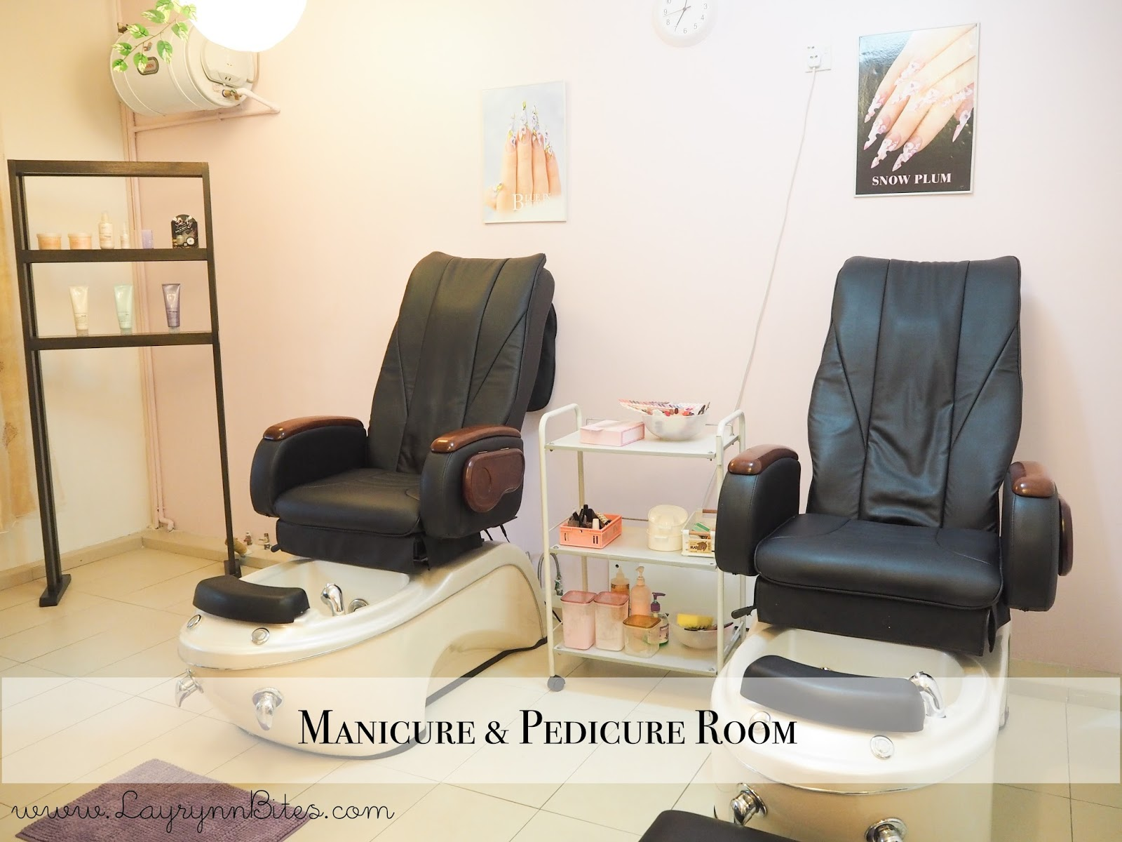 Pampering session at celebrity wax beauty carmen for Wax chair salon