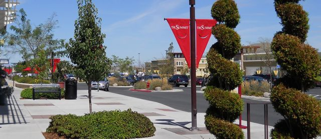 The Summit Reno >> The Summit South Reno S Awesome Open Air Shopping Mall Analien