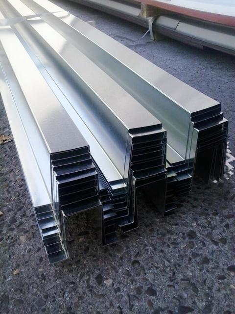 La chapa pegaso es una chapa nervada instaladores panel for Casetas de chapa galvanizada precios