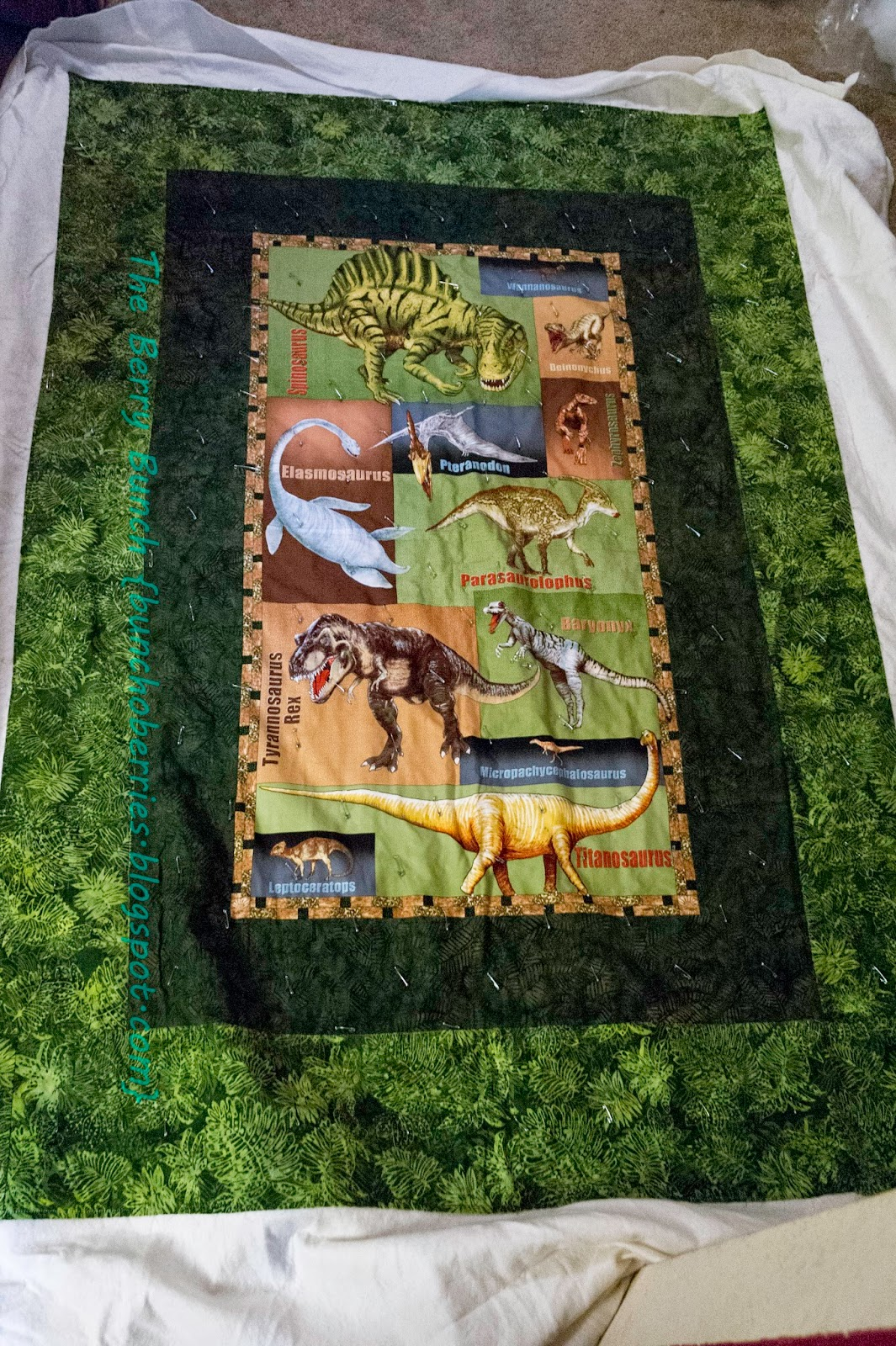 The Berry Bunch: 2014 Finish-Along:Dinosaur Quilt