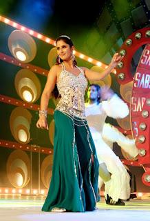 Katrina-Kaif-Dancing-Pictures-1