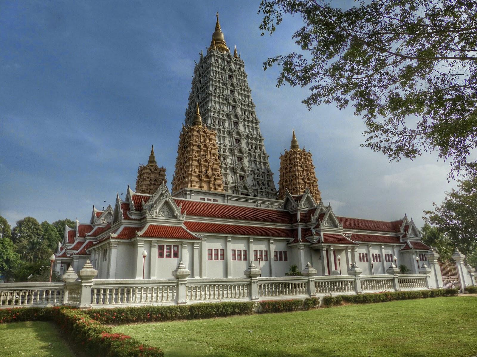 Wat Yan in Chomburi
