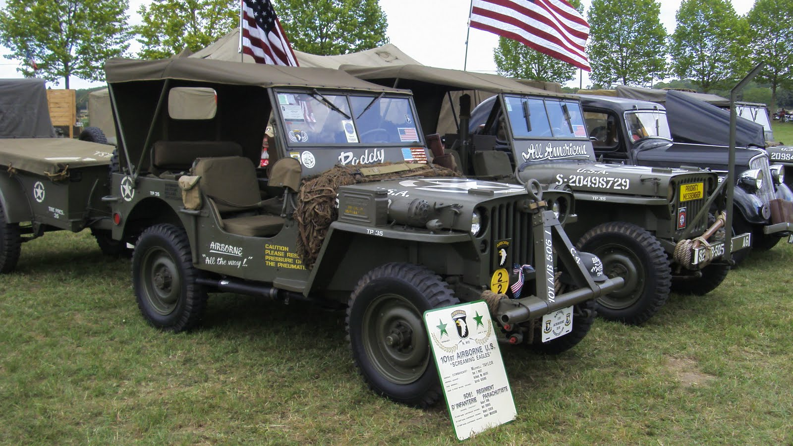 ma kubelwagen lili fete de la jeep. Black Bedroom Furniture Sets. Home Design Ideas
