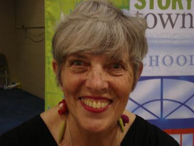 Lois Ehlert 1bpblogspotcomwPvv3bIEF8YUFm61oNMNGIAAAAAAA