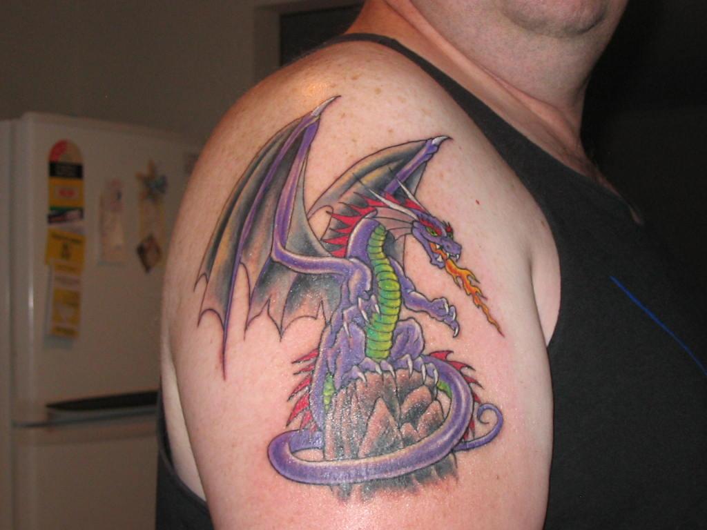 dragon tattoo designs for men zentrader. Black Bedroom Furniture Sets. Home Design Ideas