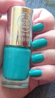 The Body Shop Minty Amour swatch