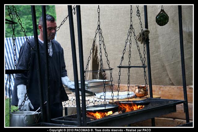 marchand de crêpes au festival médiéval de Sedan