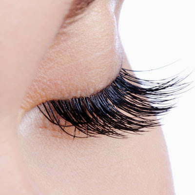 how to take off mascara without losing eyelashes