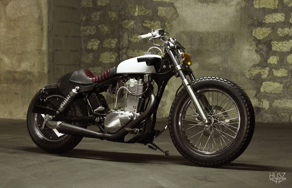husz suzuki savage bobber return of the cafe racers. Black Bedroom Furniture Sets. Home Design Ideas