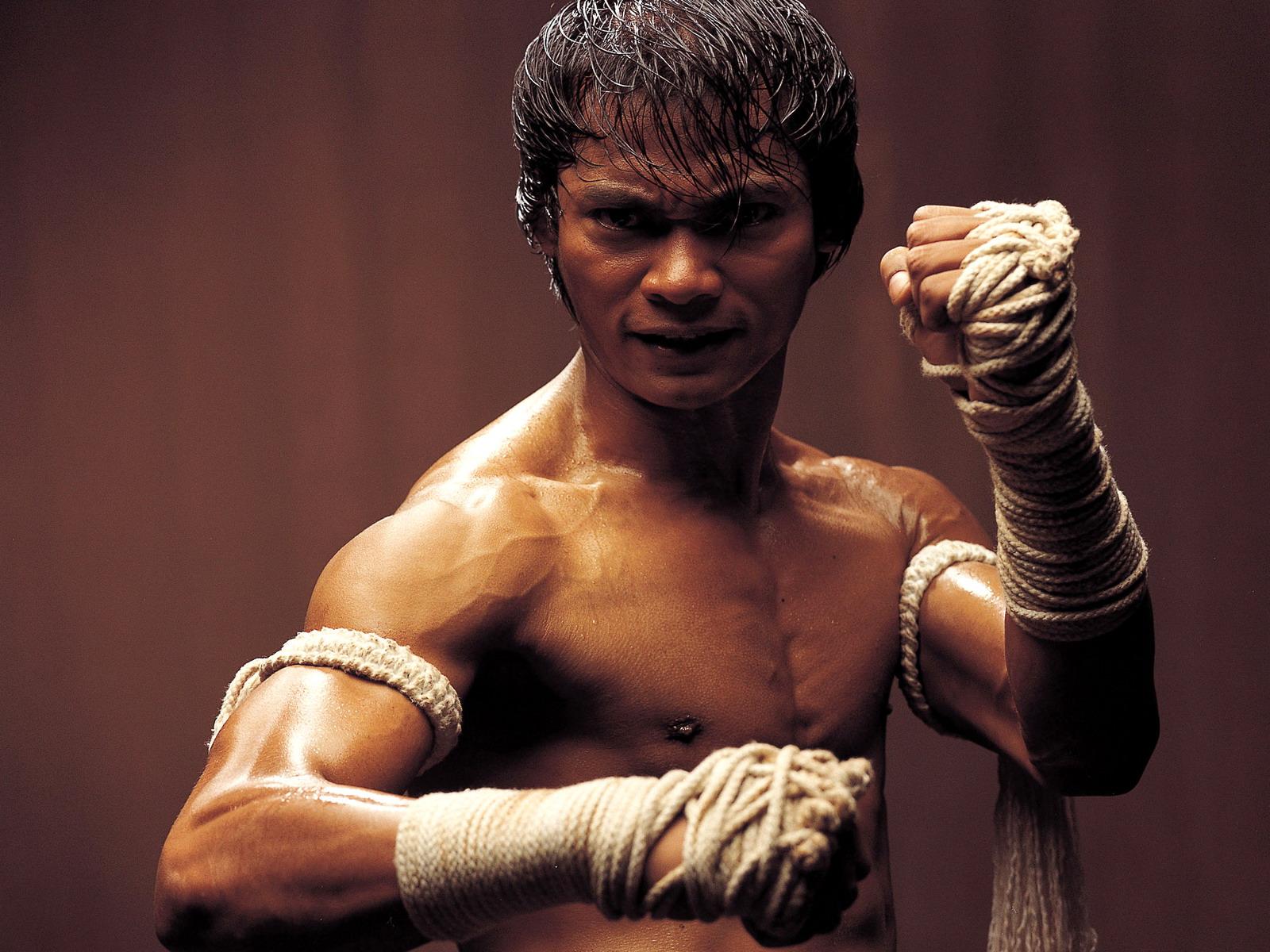 Sports beauty tony jaa ong back martial arts