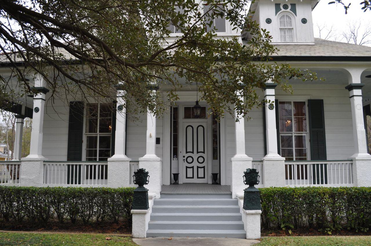 Thursday  December 29  2011Bullwinkle s Travels  December 2011. New Orleans Creole Cottage House Plans. Home Design Ideas