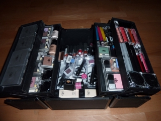 zestaw kosmetyków do makijażu Elite