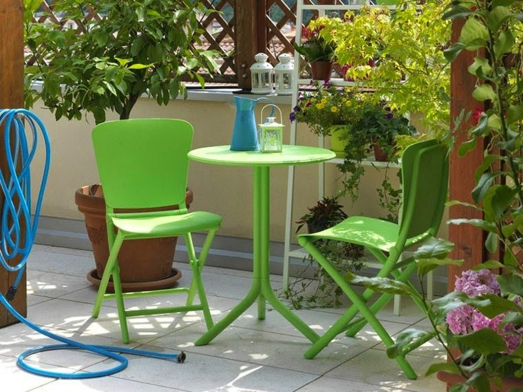 Round Garden Table and chairs,small Round Garden Table