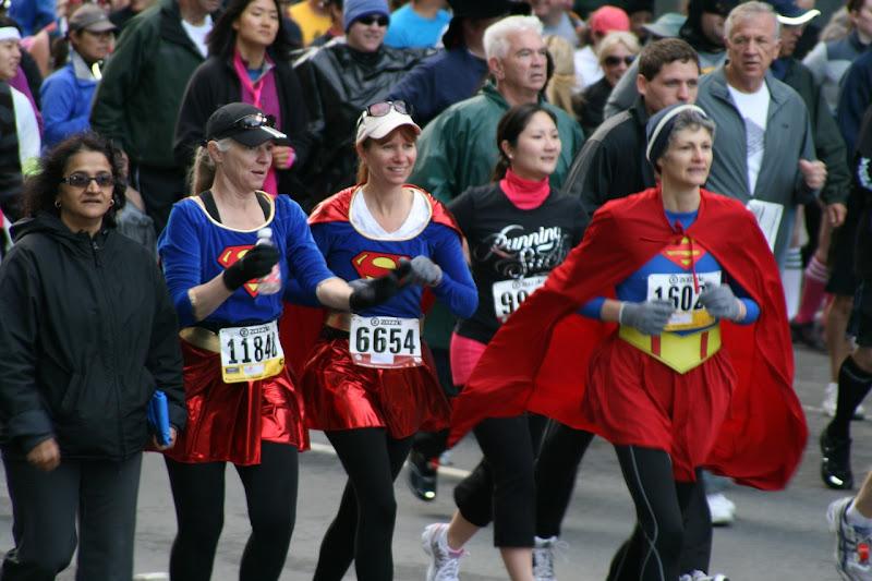 100th Bay to Breakers superwomen