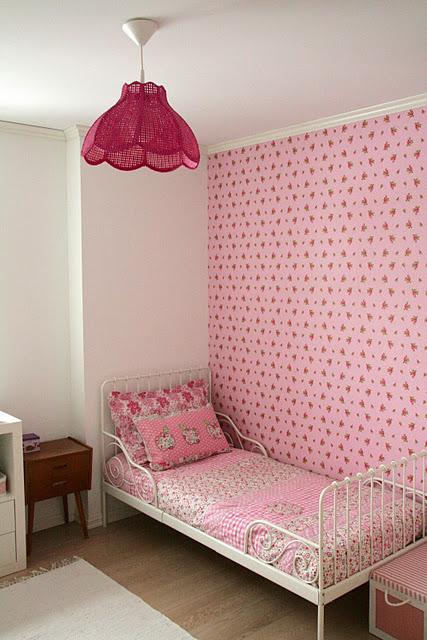 Diy pintar una l mpara de color rosa para un dormitorio - Pintar lamparas de techo ...