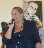 Aline Romariz - Autora
