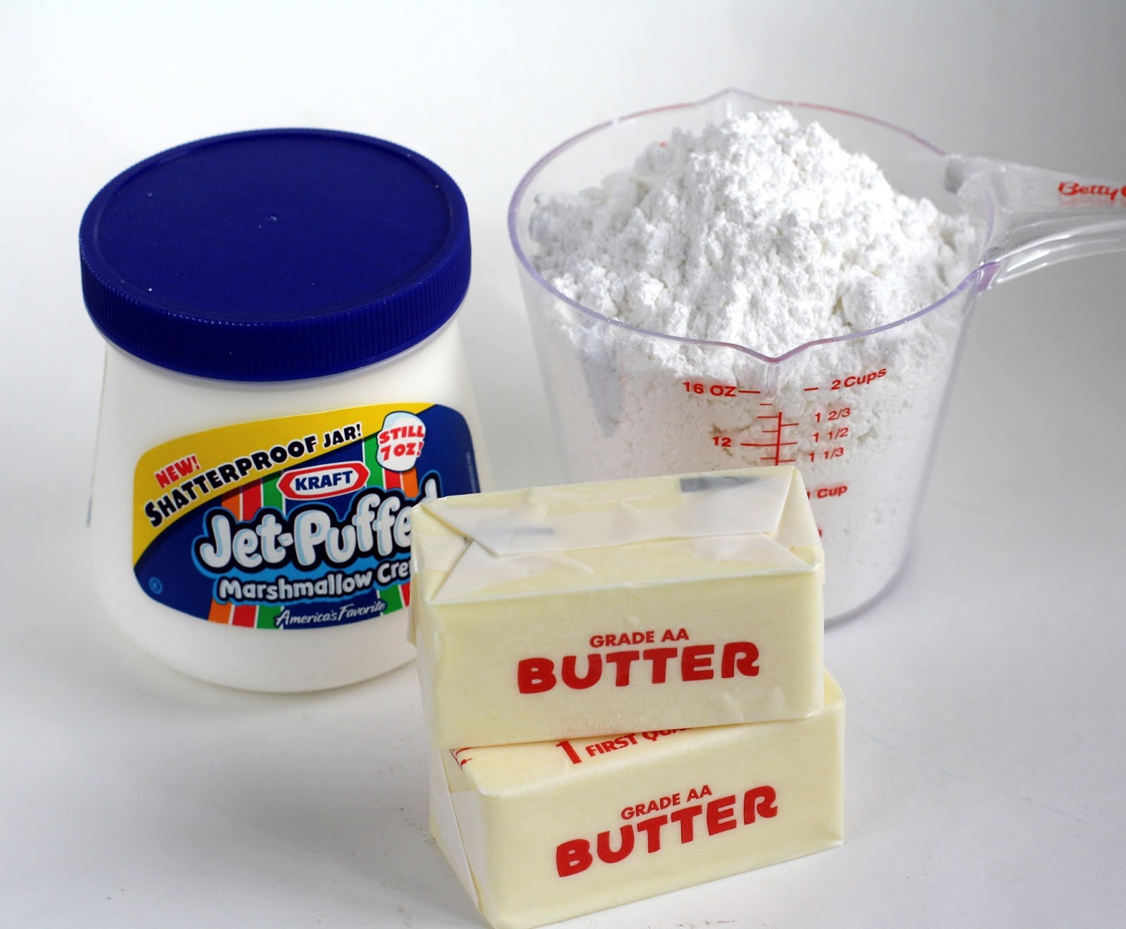 MARSHMALLOW BUTTERCREAM FROSTING & HOW TO MAKE BOXED CAKE MIX TASTE ...