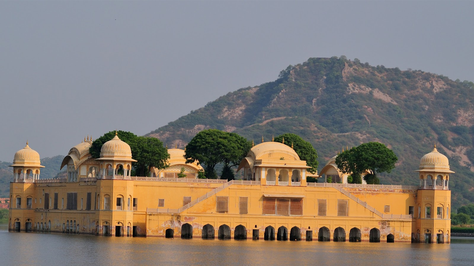 <b>Wallpaper</b> eCard of <b>Rajasthan</b> Day 30 March