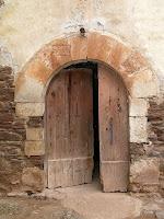 La porta d'entrada al mas Bussanya