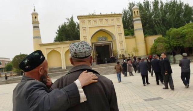 Undang-undang kontroversi: Masyarakat Islam Uighur tidak dibenar berpuasa
