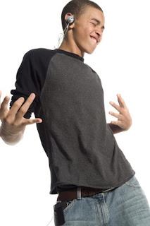 Kebiasaan Asyik Remaja