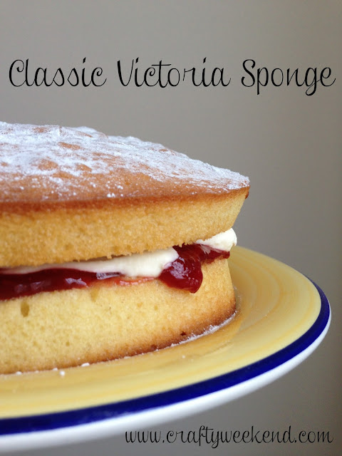 victoria sponge recipe, cake, baking, cream jam cake