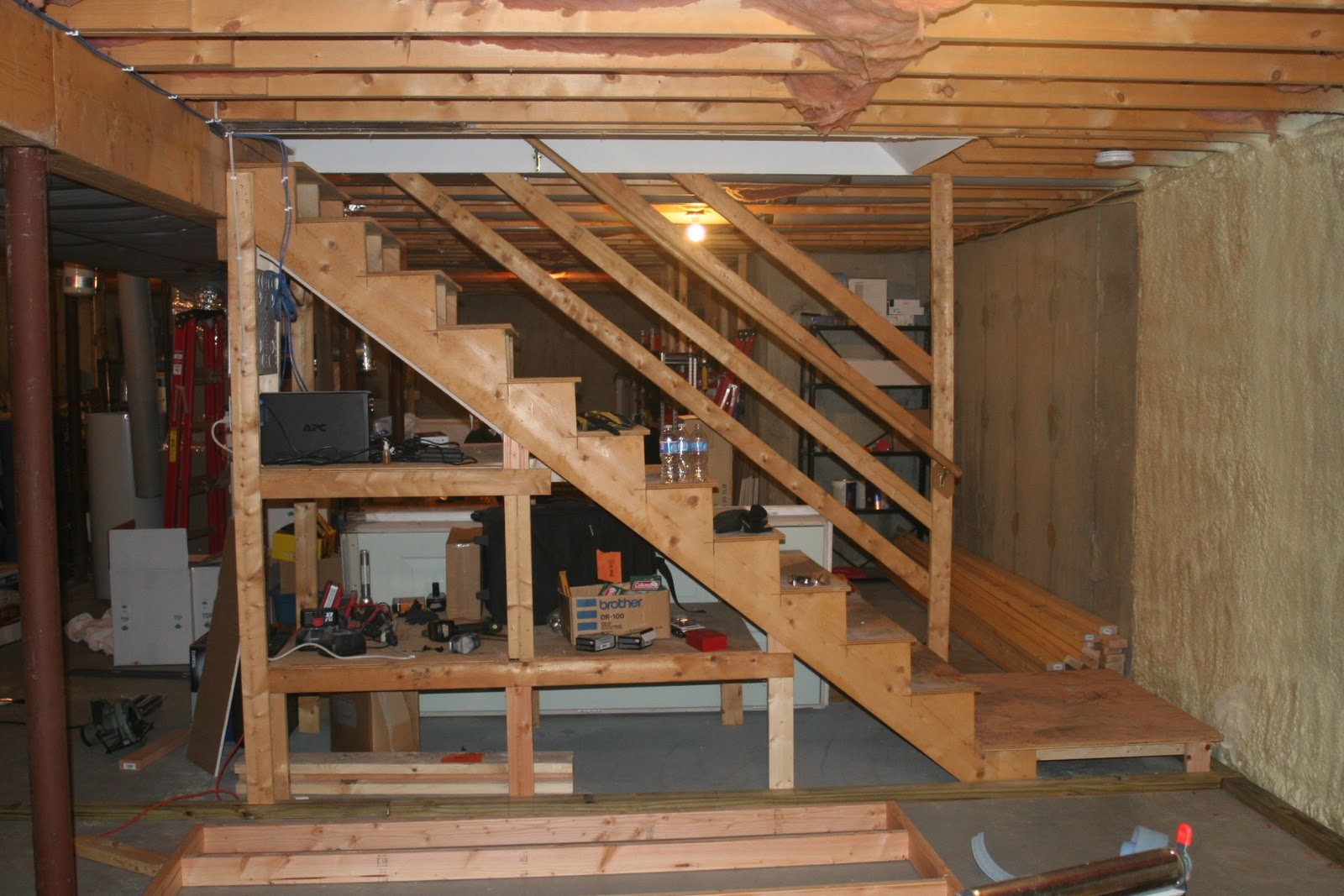 Here Is A Picture Of The Staircase With The Railing Removed. During The  Building Of The Landing, I Had To Move The Supports For The Stairs.