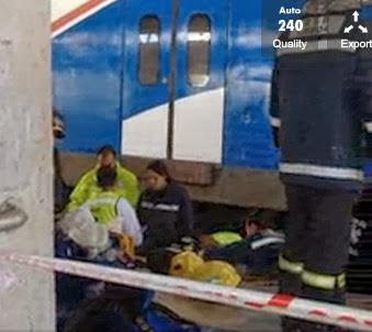 Mulher cai na linha do comboio na Estação de Sete Rios