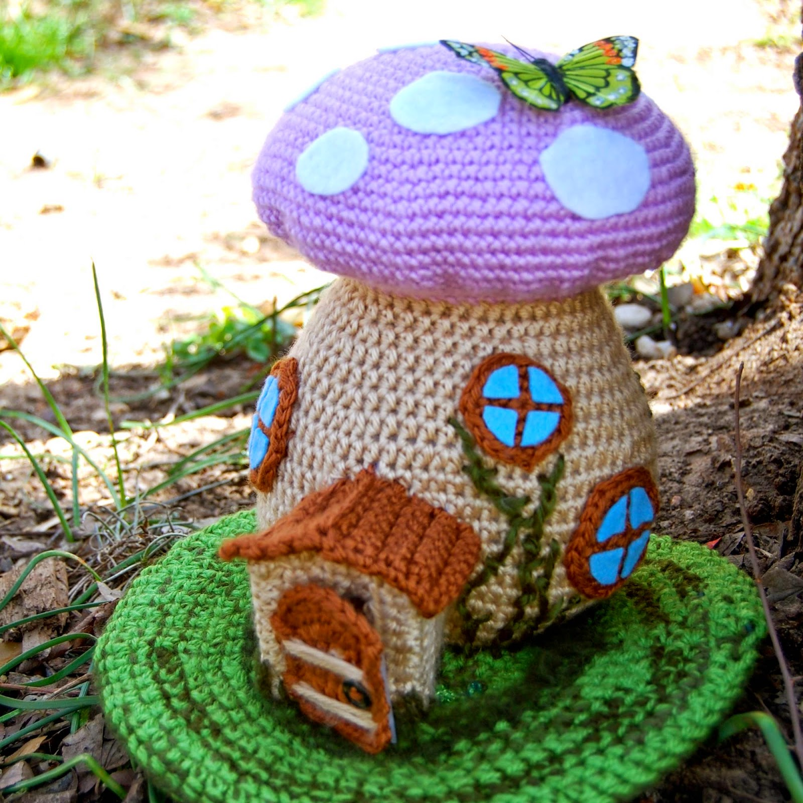 Amigurumi Fairy Free Pattern : CRAFTYisCOOL: Free Pattern! Spring Fairy House