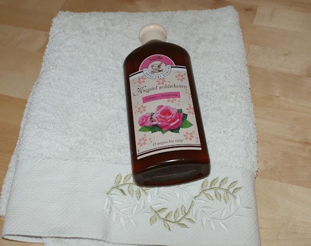 Joanna, Z Apteczki babuni, Kąpiel jodowo-bromowa o zapachu róży