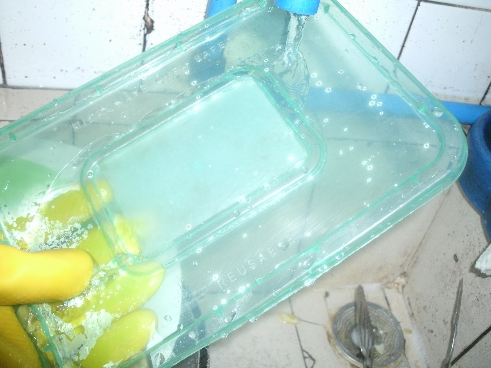 How to remove stubborn fish smells in your utensils for How to remove fish odor from house