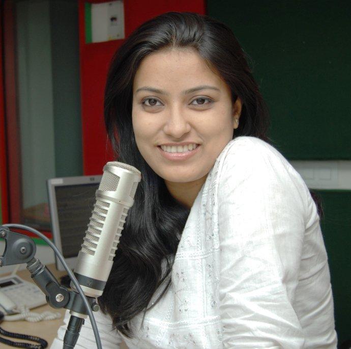 RJ AKANKSHA 98.3 FM Radio Mirchi (Patna)