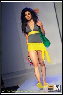 Srilankan Hot Bikini Girls