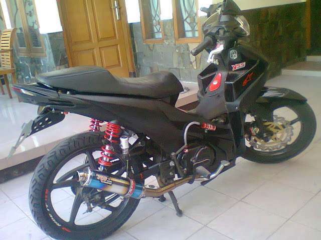 Honda Absolute Revo Racing Look Black