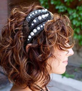 model-rambut-keriting-wanita_4111455