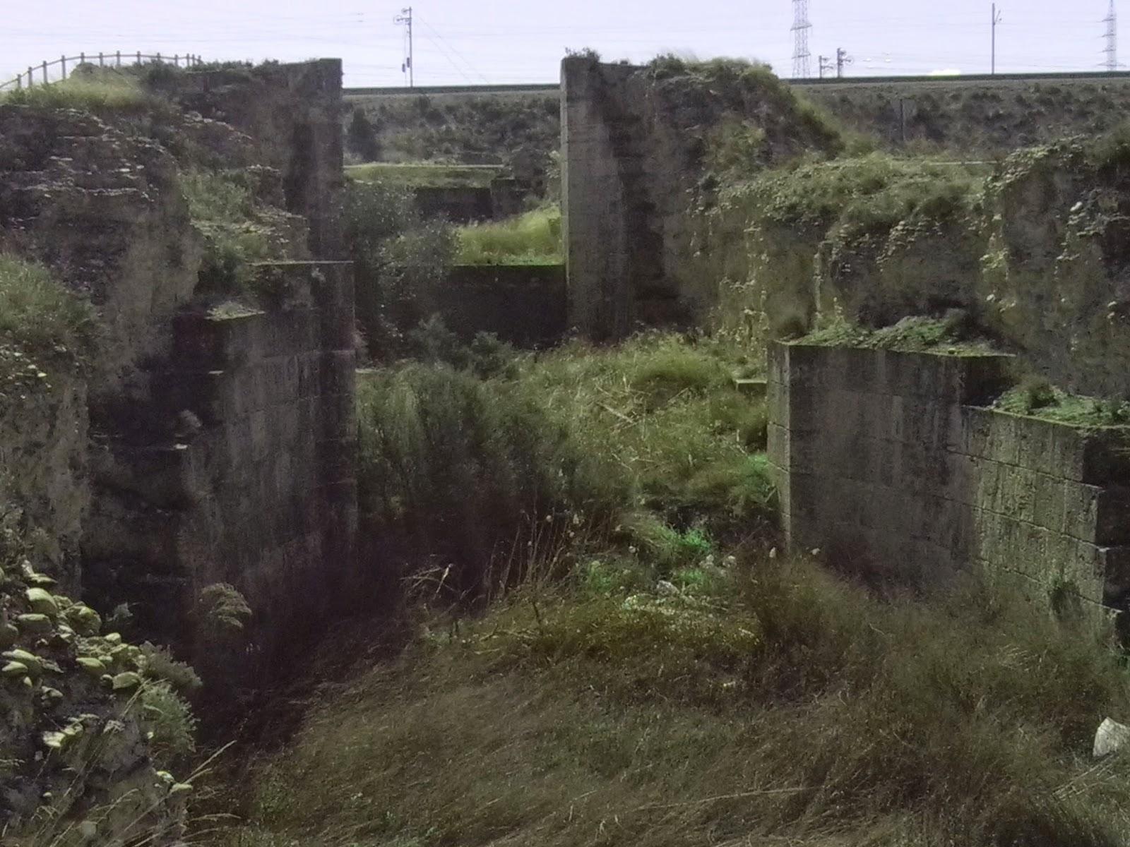 esclusas de Torrecilla de Valmadrid Canal Imperial de Aragón