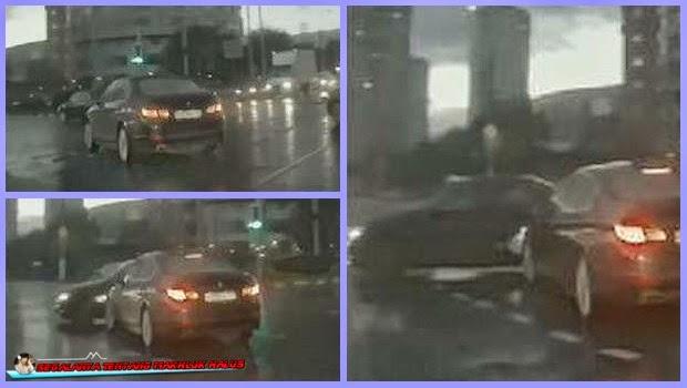 Mobil Hantu yang Muncul di Jalanan Rusia Heboh, Mobil Hantu yang Muncul di Jalanan Rusia