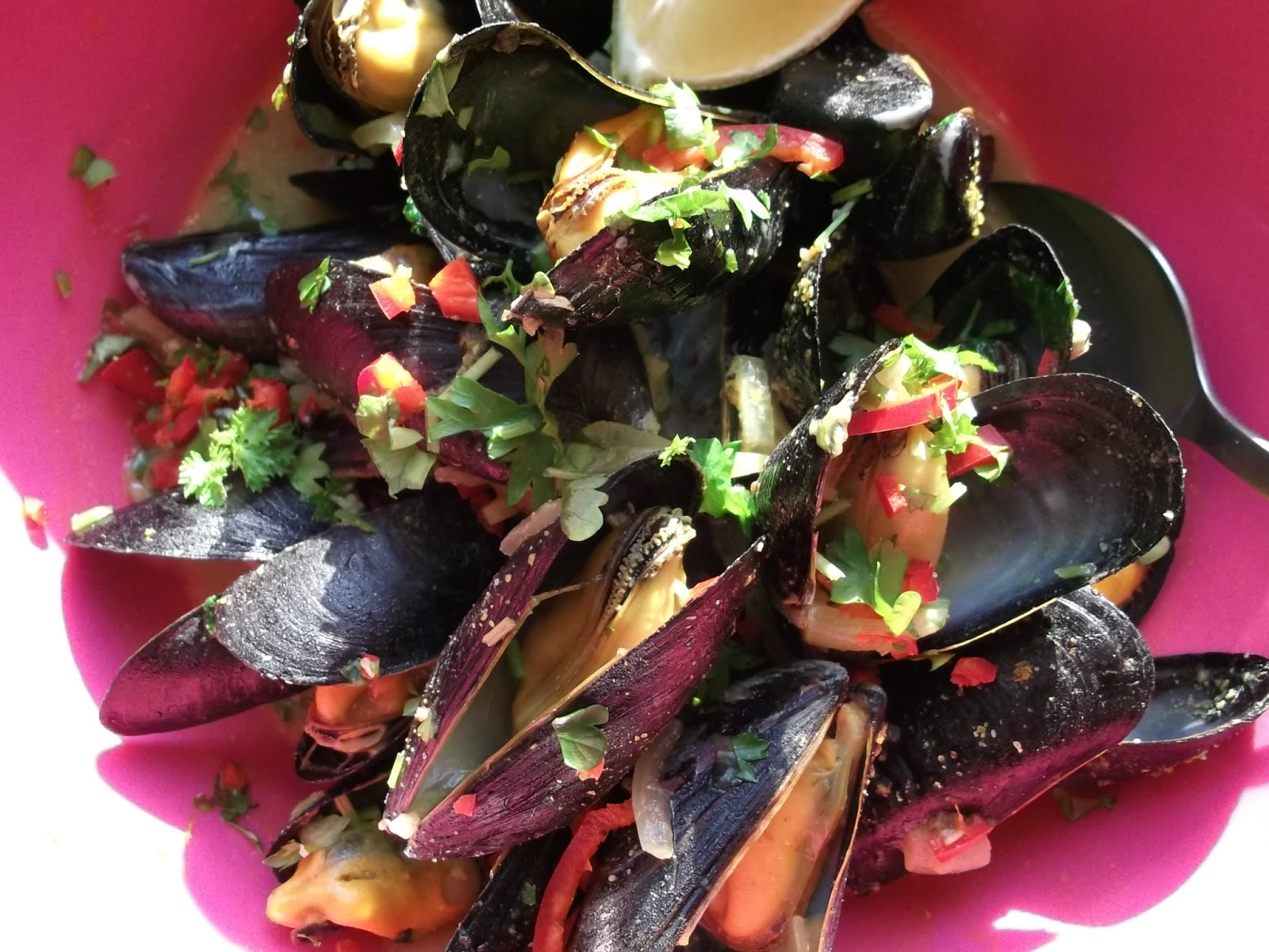 ... how you get on and any favourite ways you have of cooking mussels